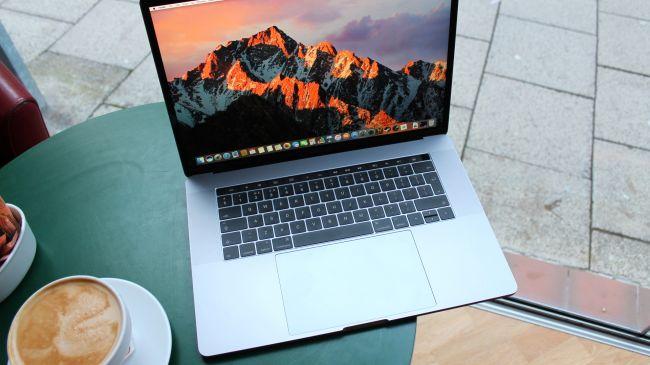 MacBook Pro (15-inch, Late 2016)